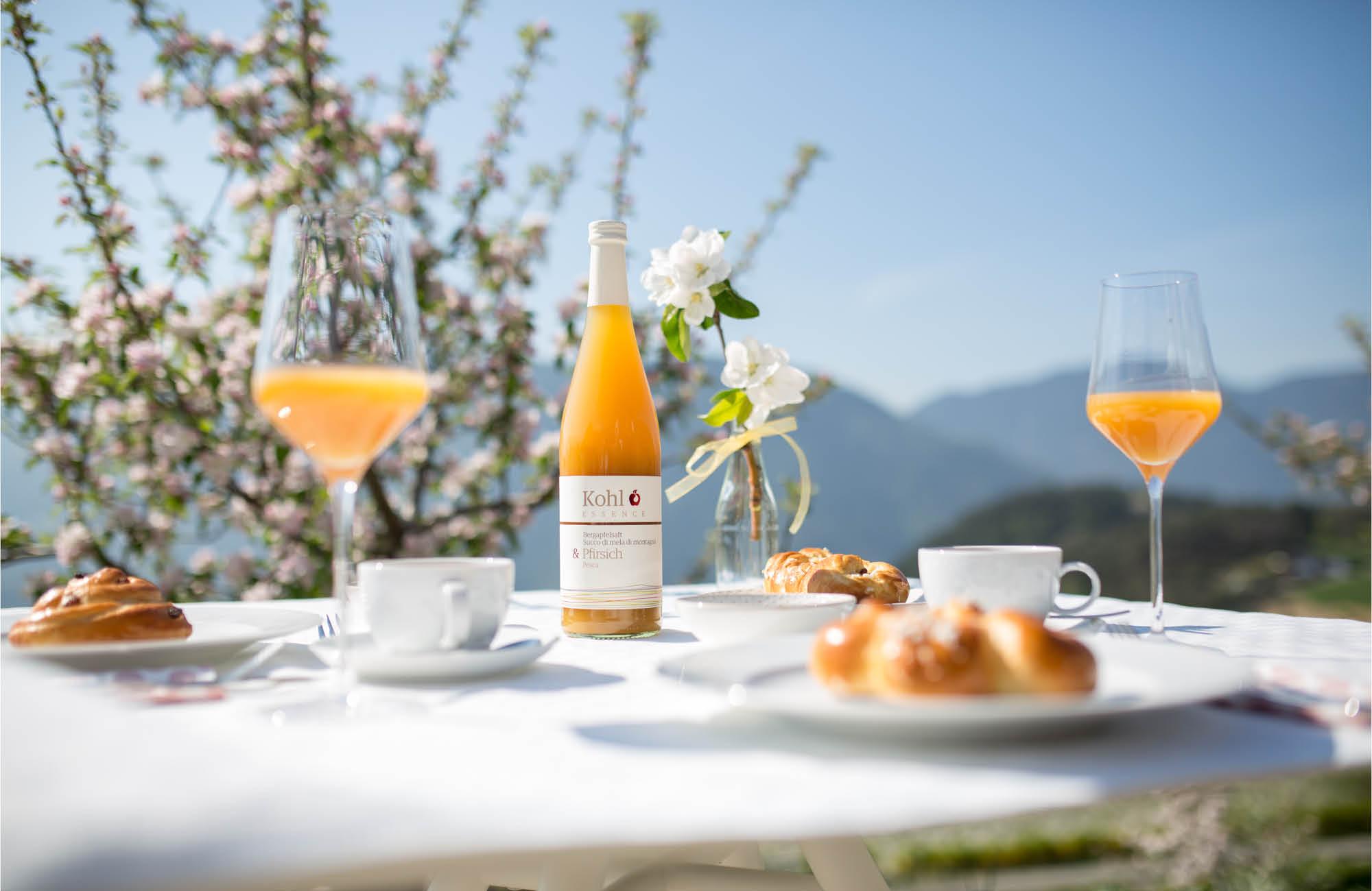 Apfelsaft-zum-Fr-hst-cknHzqCZ2T99d1i